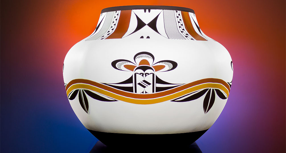 Experimental Pottery Project Brings Traditional Designs to Life
