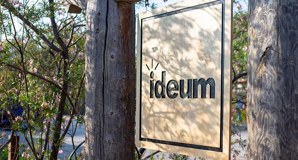 Gov. Susana Martinez and Ideum Founder Jim Spadaccini cut the ribbon officially opening Ideum's new Exhibit Fabrication Center.