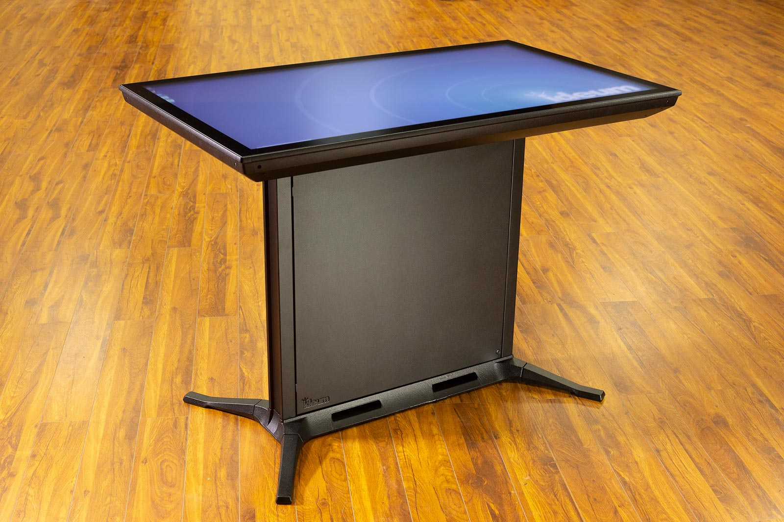 Large Format Multitouch Displays and Touch Tables - White