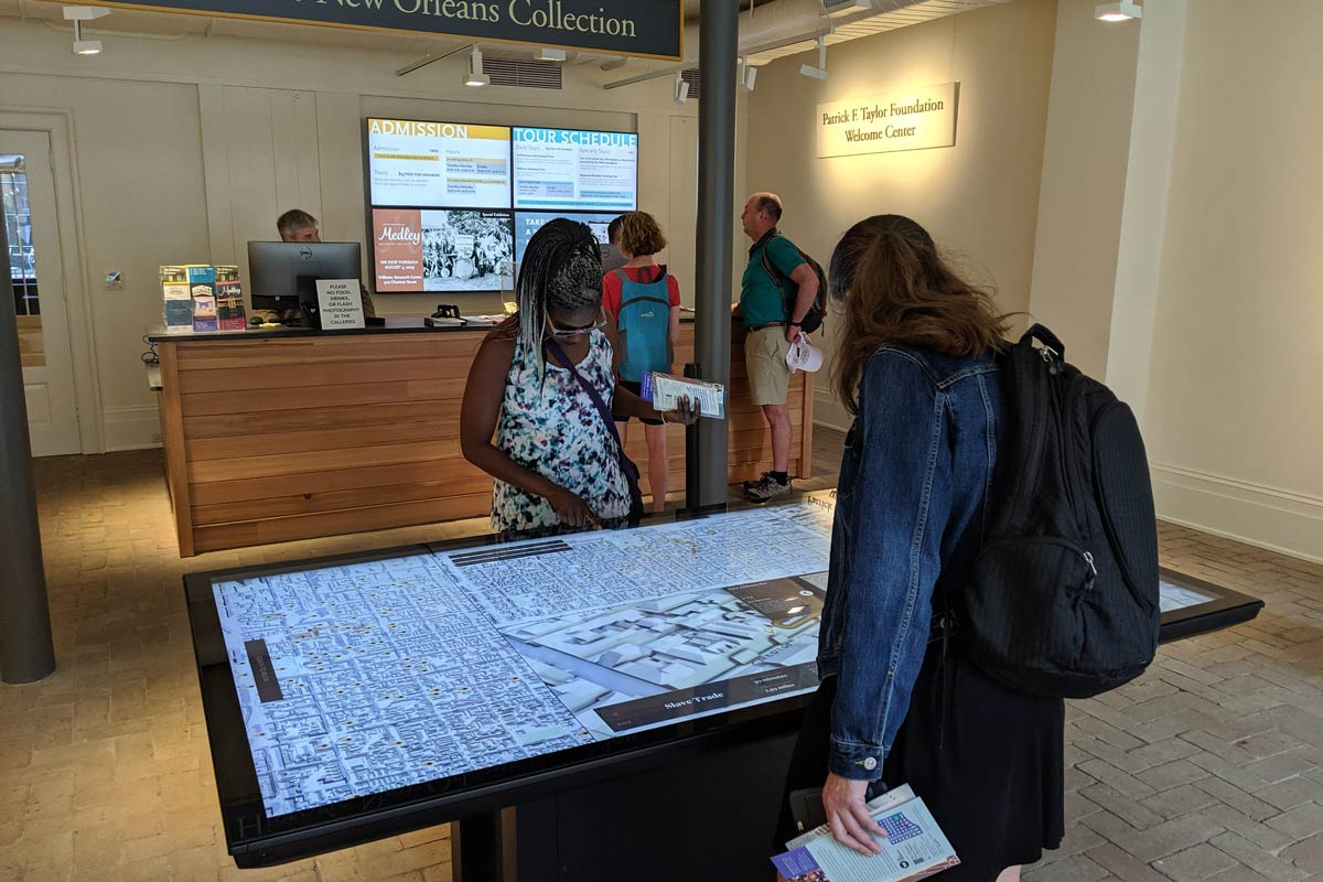 Strategies for Using Maps in Interactive Digital Exhibits