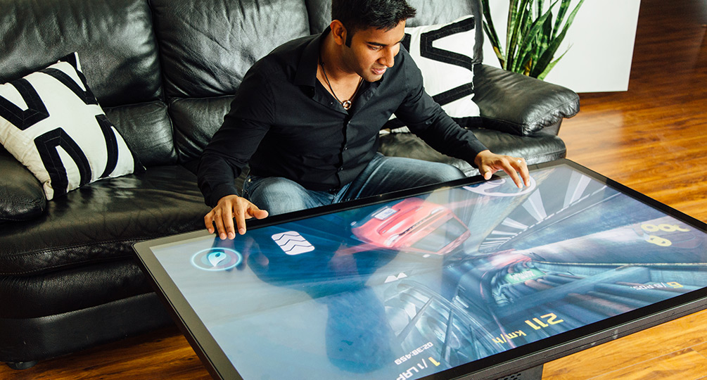 Worlds First K UHD Multitouch Coffee Table Ideum - Multitouch coffee table
