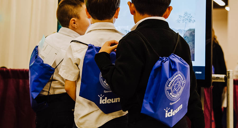 Ideum Sponsors Discovery Festival for Local Science Students